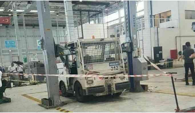İstanbul Havalimanı çalışanlarının üzerine araç düştü: 1 ölü