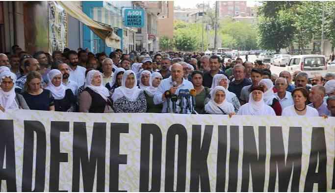 Ahmet Şık:  'Kayyumlar Ankara, İstanbul, İzmir'e de atanmıştır'