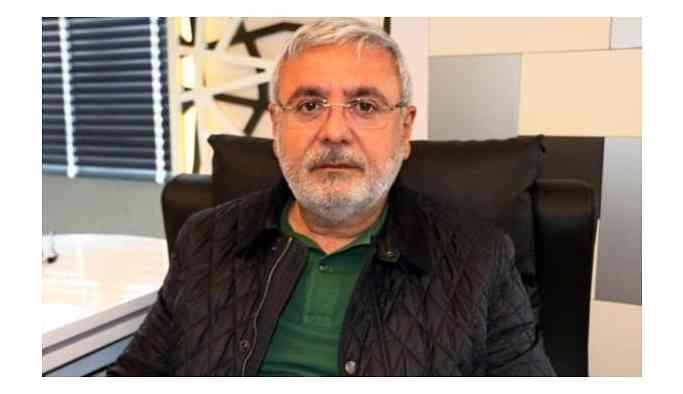 Mehmet Metiner: Yeni bir AK Parti'ye ihtiyaç var