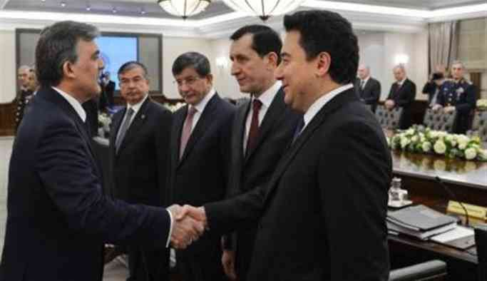 '3 bakan Babacan'ın partiyi kurmasını bekliyor'