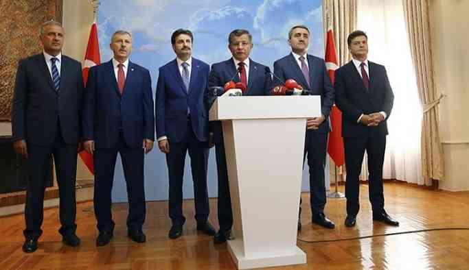 AKP'de küskün yöneticilere 'koltuk rüşveti'