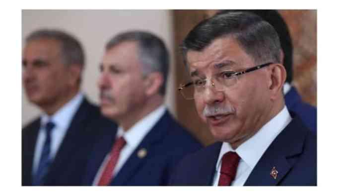 AKP'den Davutoğlu'nun istifasına ilk yorum