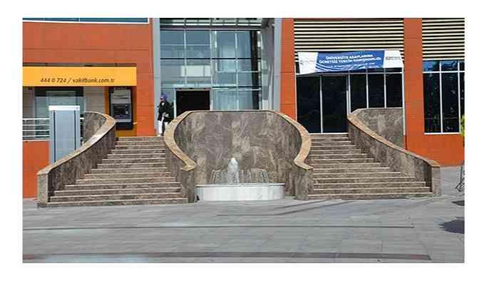 AKP'li belediye merdiven ve fıskiye yapımına 7 milyon lira harcamış!