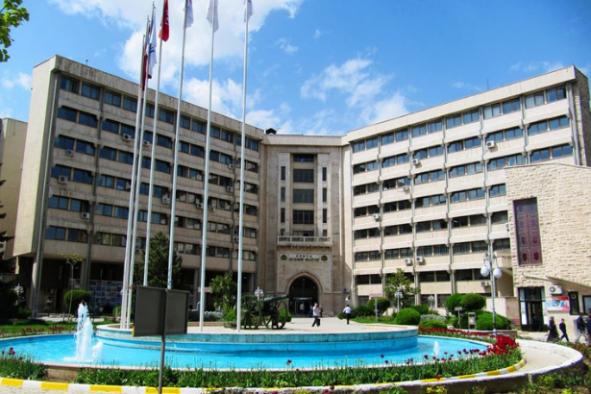 Büyükşehir Belediyesi yaptırdığı anketlere 1 milyon TL ödedi
