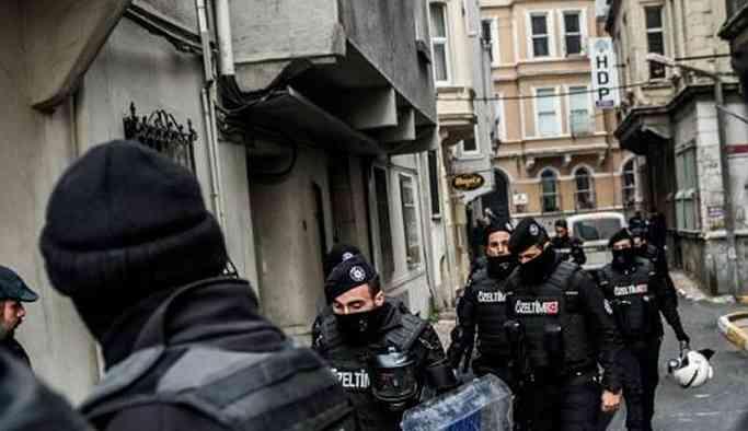 Gözaltına alınan 10 HDP'liden 9'ututuklandı