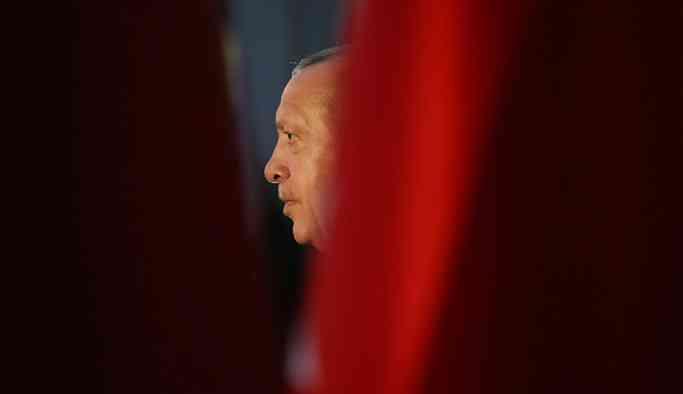 Selvi: Erdoğan, güvenirliğinden emin olduğu birkaç isimden görüş aldı, radikal değişiklikler olabilir