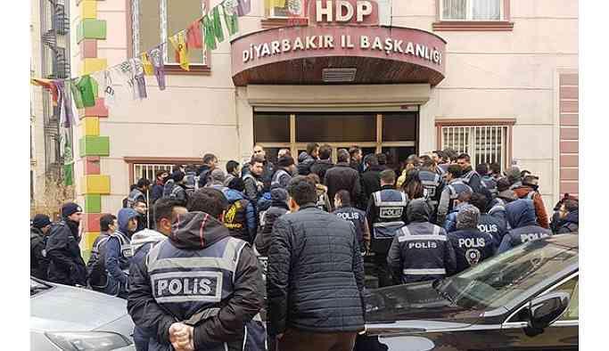 Son dakika... Savcılıktan HDP Diyarbakır İl ve İlçe örgütleri hakkında soruşturma