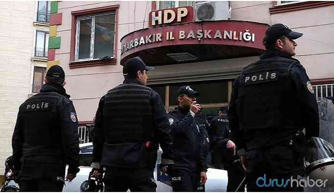 Kayyum karşıtı imza toplayanlar gözaltına alındı