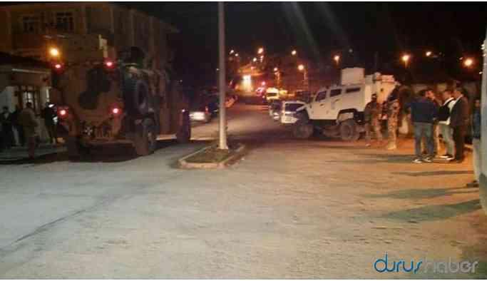 Zırhlı aracın geçişi sırasında patlama: 5 asker, 3 korucu yaralandı