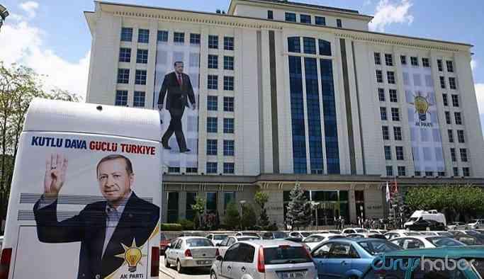 AKP'de görevden almaya tepki: 50 istifa