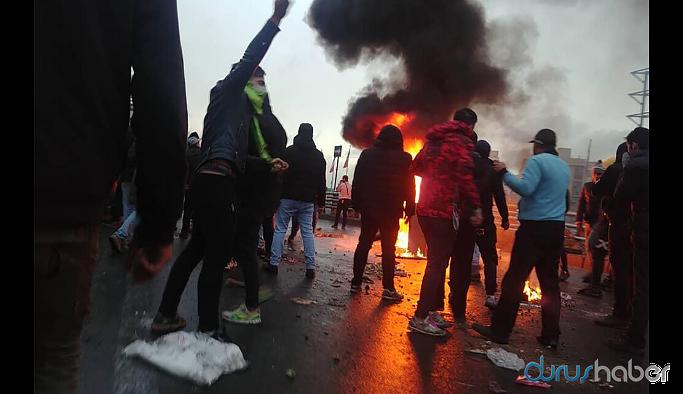 İran'da benzin zammı protestoları... Biri polis iki kişi öldü