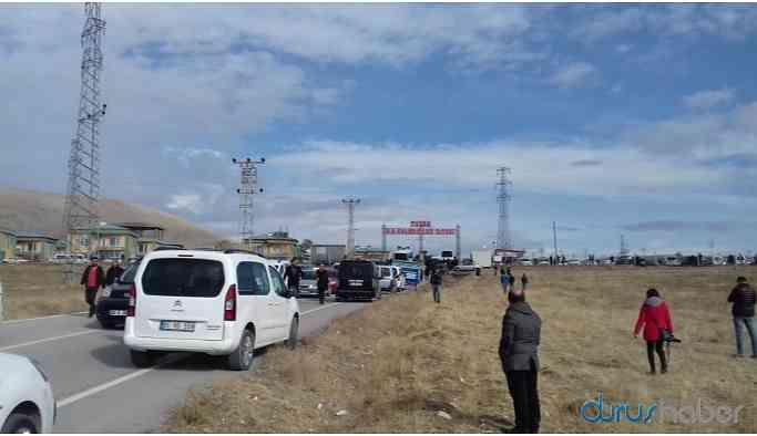 Van'da silahlı kavga: Çok sayıda ölü ve yaralı var