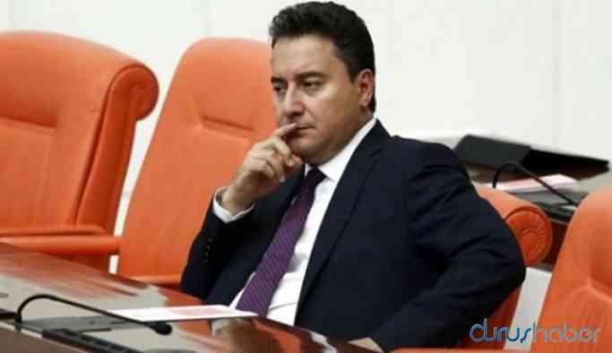 AKP'li eski bakan Babacan'ın partisine katılıyor