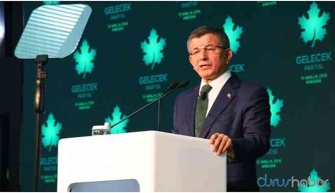 Davutoğlu'nun parti programında 'Kürt' yok, 'terörle mücadele' var