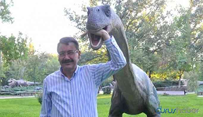 Gökçek, dinozor, heykel ve kapılara 439 milyon lira harcamış