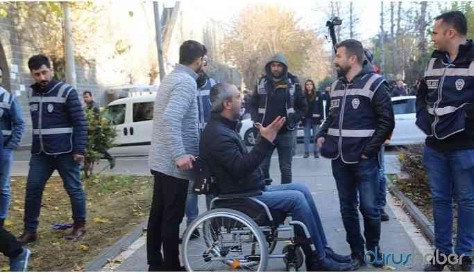 HDP'li vekil ve meclis üyeleri darp edildi