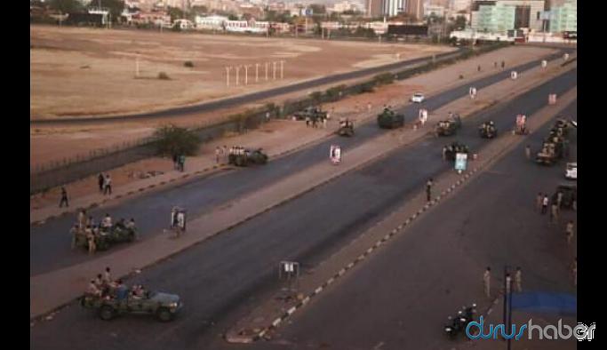 Sudan'da darbe girişimi, THY uçağı geri döndü
