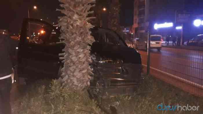 AKP'li Mehmet Özhaseki ve Menderes Türel trafik kazası geçirdi!