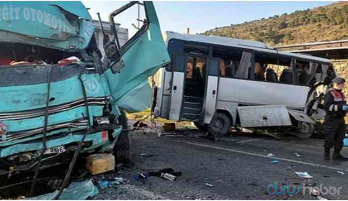 Feci kaza! İşçi servisi kamyonla çarpıştı: Ölü yaralılar var