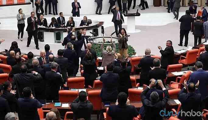 Meclis'te HDP ve AKP grubu arasında kavga!