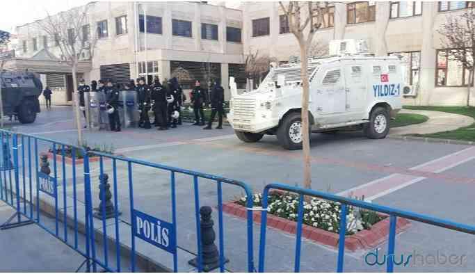 Erkan Baş: AKP koronavirüsü 'lütuf' olarak görüyor