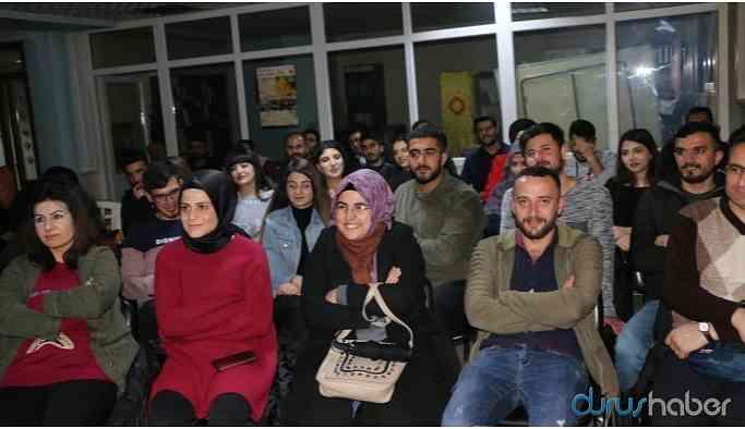 """Kürtçe stand-up """"Qirdik"""" sahnelendi"""