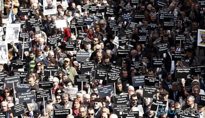 Salgın döneminde gazetecilere baskı artıyor