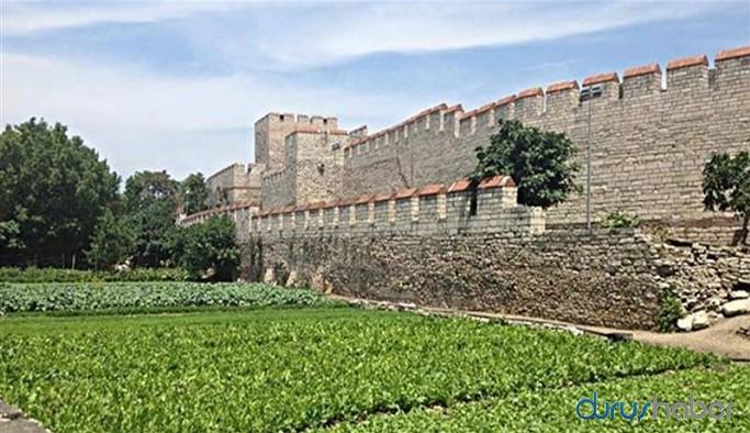 Tarihi bölgeyi 'hobi bahçesi' yaptılar
