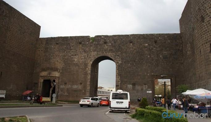 Tarihi Sur ilçesi araç giriş çıkışlarına kapatılıyor