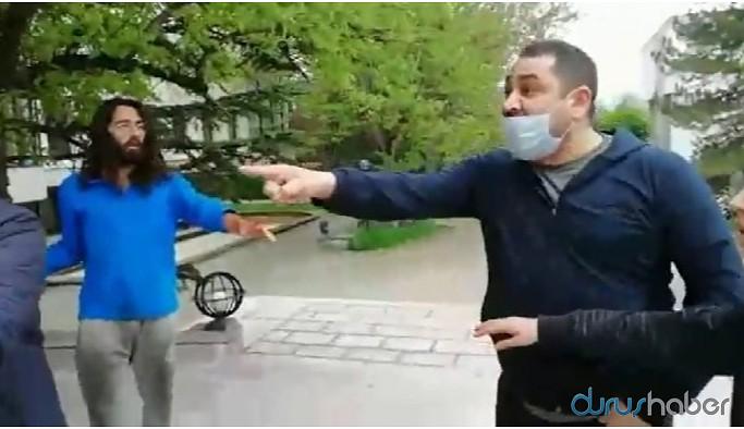 1 Mayıs pankartı asmak isteyen ODTÜ'lü öğrencilere saldırı