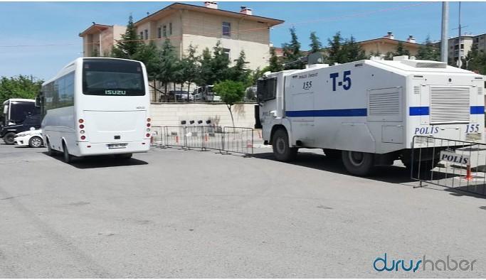 Eşbaşkanlar 'ev hapsi' şartıyla serbest bırakıldı