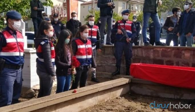 Grup Yorum üyesi İbrahim Gökçek'in defnedileceği mezarlığa kimse alınmıyor