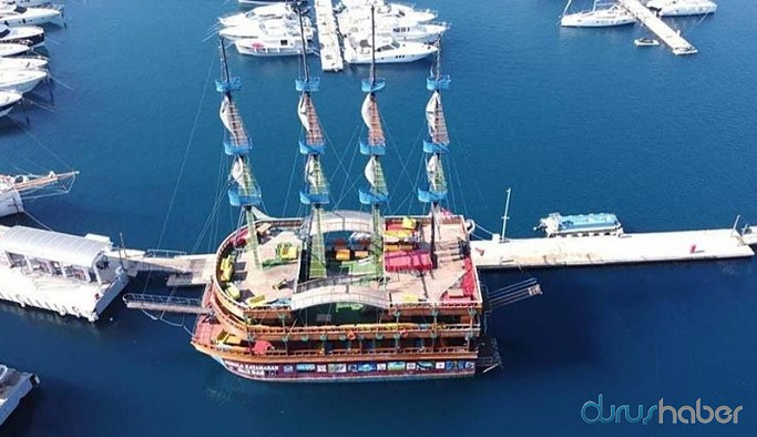 120 milyon borcu olan belediye 3 milyon TL'ye gezi teknesi aldı