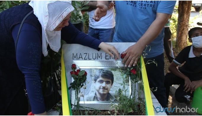 Erenci'nin anmasında gazeteci Bulut gözaltına alındı