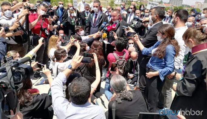 TBB Başkanı Feyzioğlu'nun yanındaki başkanlar da 'savunma yürüyüşü'nde