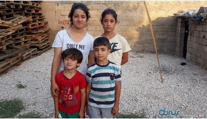 Tutuklanan anne ve babalarını arıyorlar