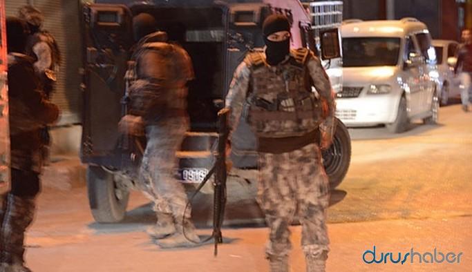 Adana ve Mersin'de ev baskınları: Çok sayıda gözaltı var