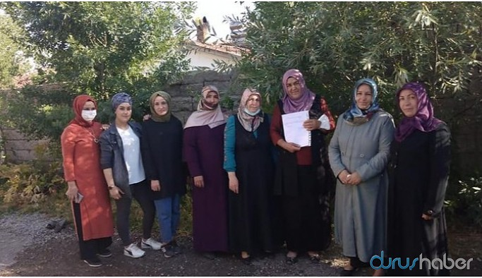 AKP Muradiye İlçe Kadın Kolları yönetimi de istifa etti