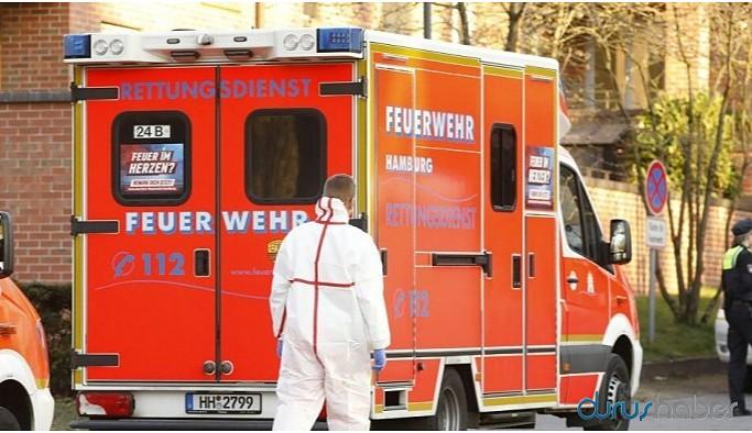 Almanya'da apartmanın üzerine uçak düştü: 2 ölü