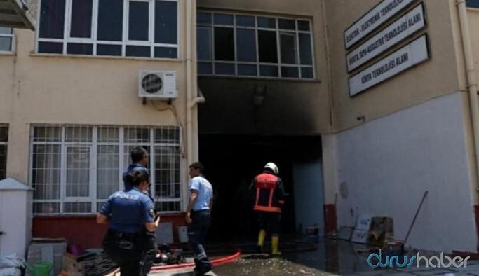 Okuldaki patlamada yaralanan öğretmenlerden biri hayatını kaybetti