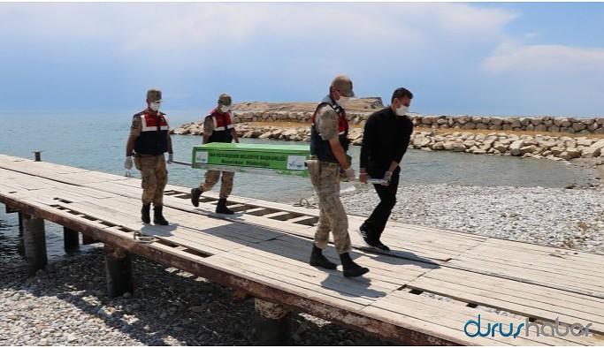 Van Gölü'nde 2'si çocuk 9 mültecinin daha cenazesine ulaşıldı