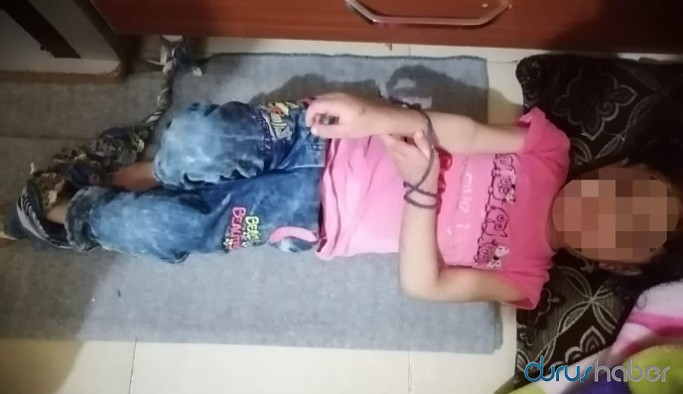 5 yaşındaki çocuğun elleri ve ayaklarını bağlayarak hapsettiler