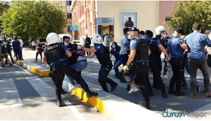 Ebru ve Aytaç için yapılan eyleme polis müdahale etti