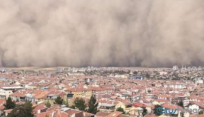 Ankara'da kum fırtınası, ilçe karanlığa büründü: 6 yaralı