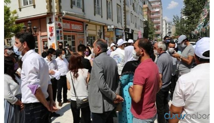 HDP il binası abluka altında