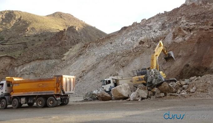 Yol yapım çalışmasında göçük: İki işçi yaralandı