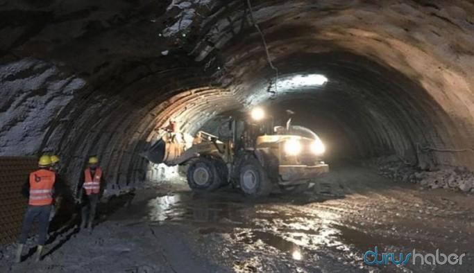 Yapımı süren tünelde patlama: İşçiler mahsur kaldı