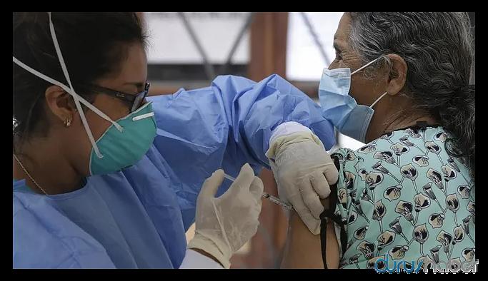 """Koronavirüs aşısında korkutan açıklama: """"Açıklanamayan hastalık"""" nedeniyle durduruldu"""