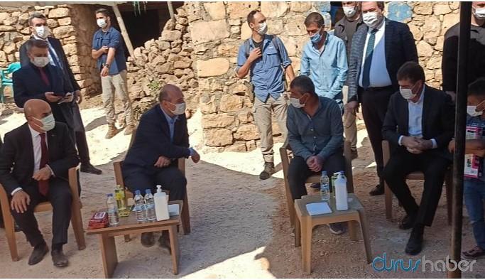 Soylu, Sakarya'da saldırıya uğrayan Kürt işçileri ziyaret etti