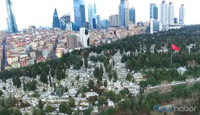 Boş alanın kalmadığı İstanbul'da mezarlıklar toplanma alanı olarak belirlendi